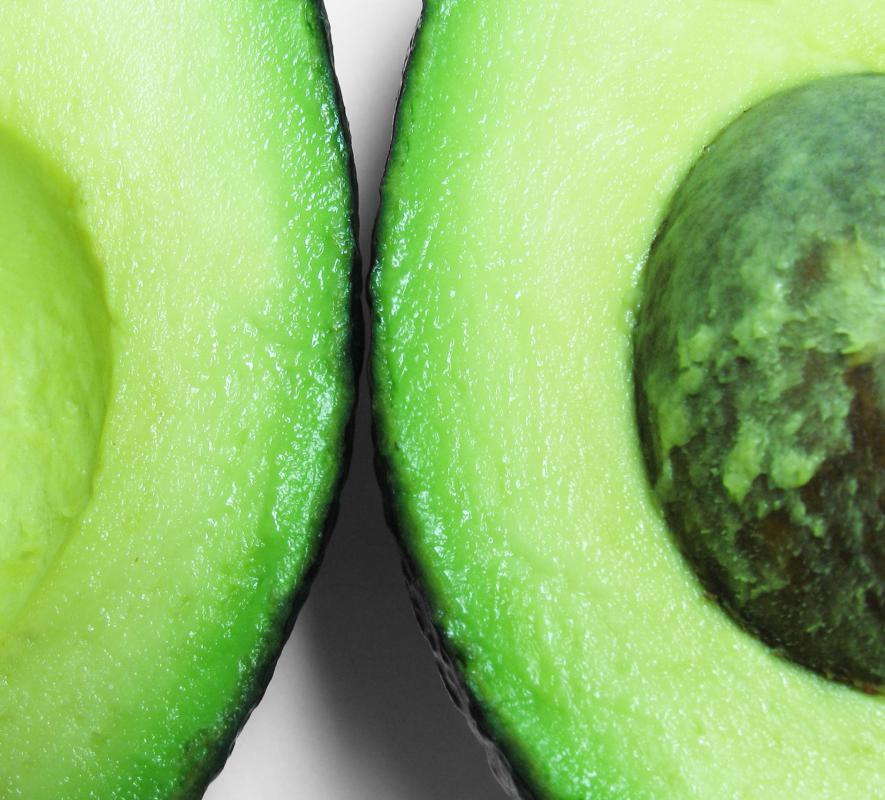 Avocados can be sliced and added to fajitas.