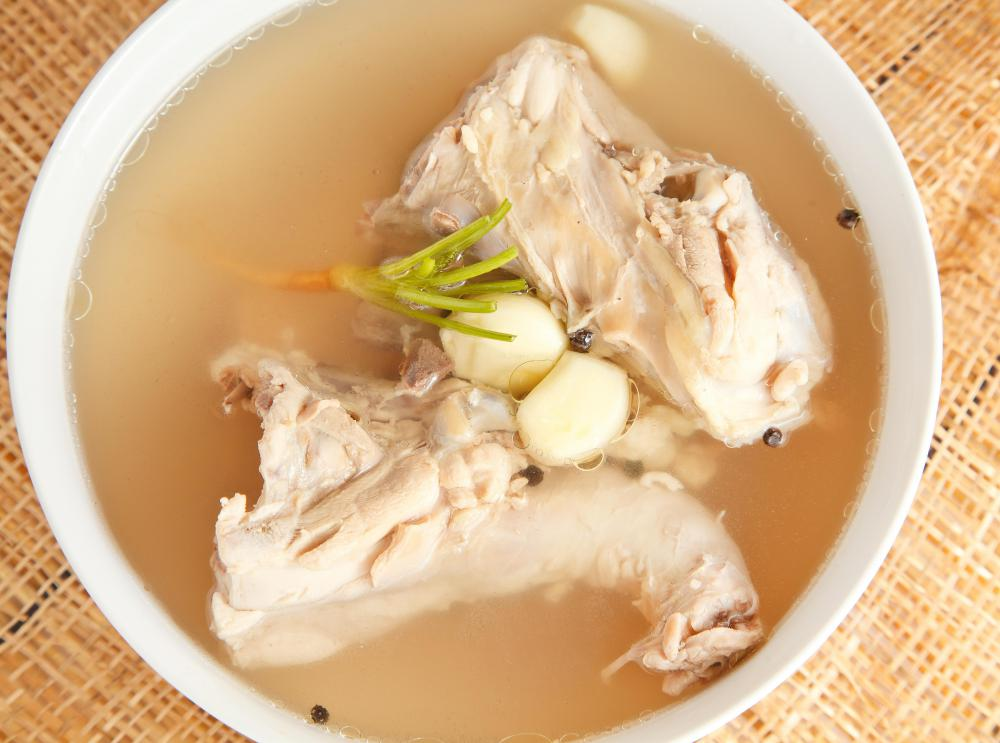 Boiling chicken legs is an easy way to make chicken stock.