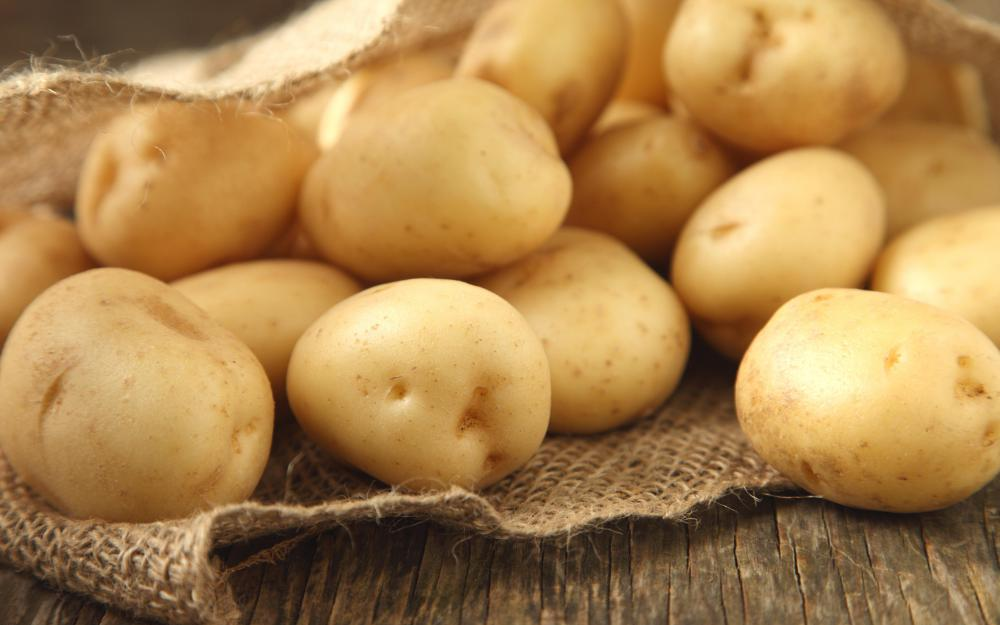 "In Hindu, the word ""aloo"" means potato."