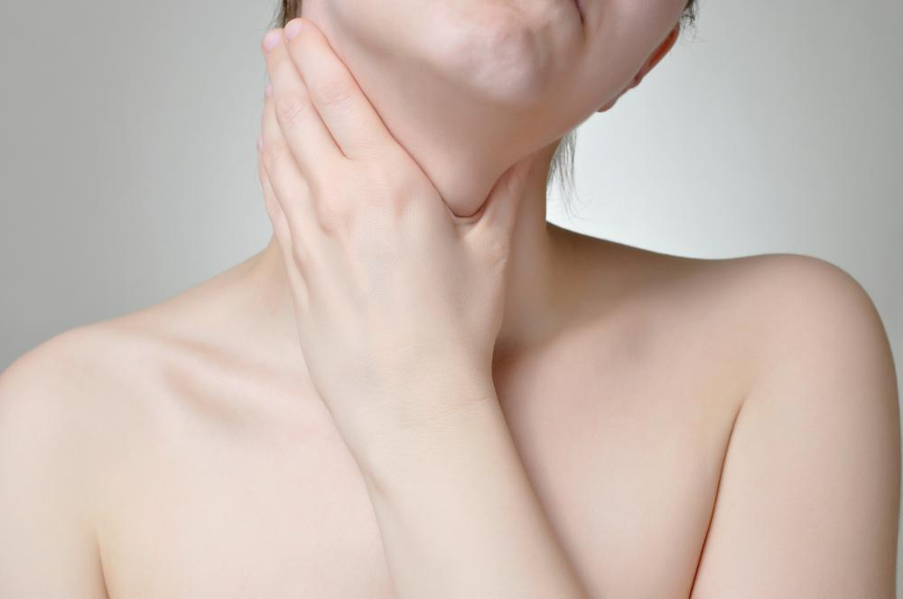 Xanthan may cause inflammation inside the throat.