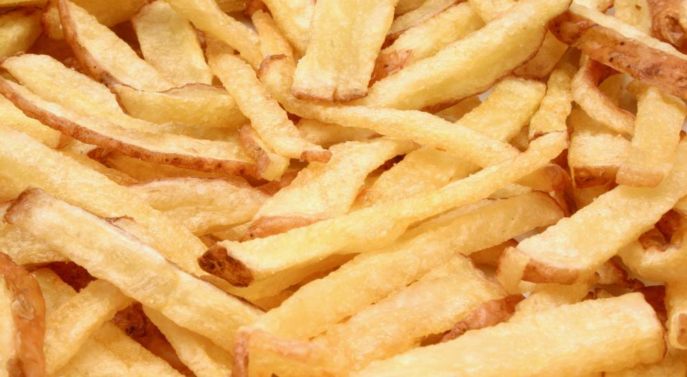 French fries cooked in corn oil.