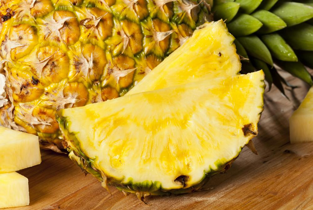 In some versions of mango sticky rice, the mango is replaced with pineapple.