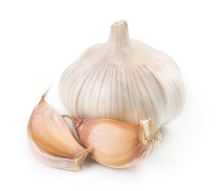 Garlic is a primary ingredient in making Hunan cuisine.