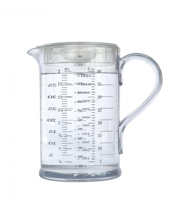 Liquid measuring cups are usually clear and have spouts.