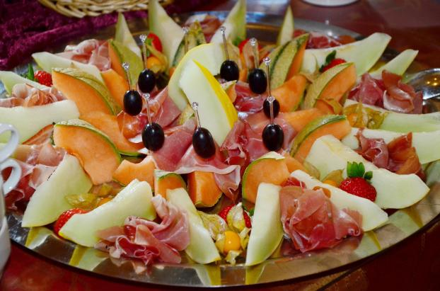 Casaba melon can be served as part of a fruit platter. It pairs well with prosciutto.