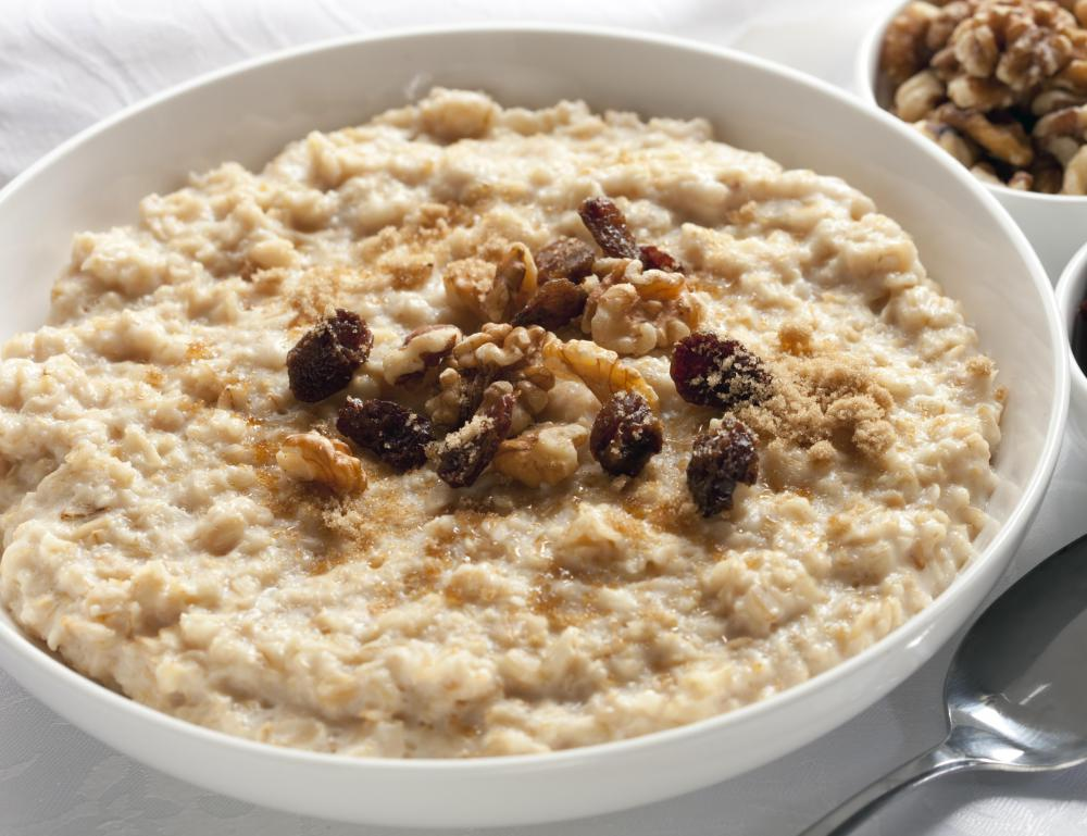 Hot oatmeal served with nuts and raisins might be served in a continental breakfast.