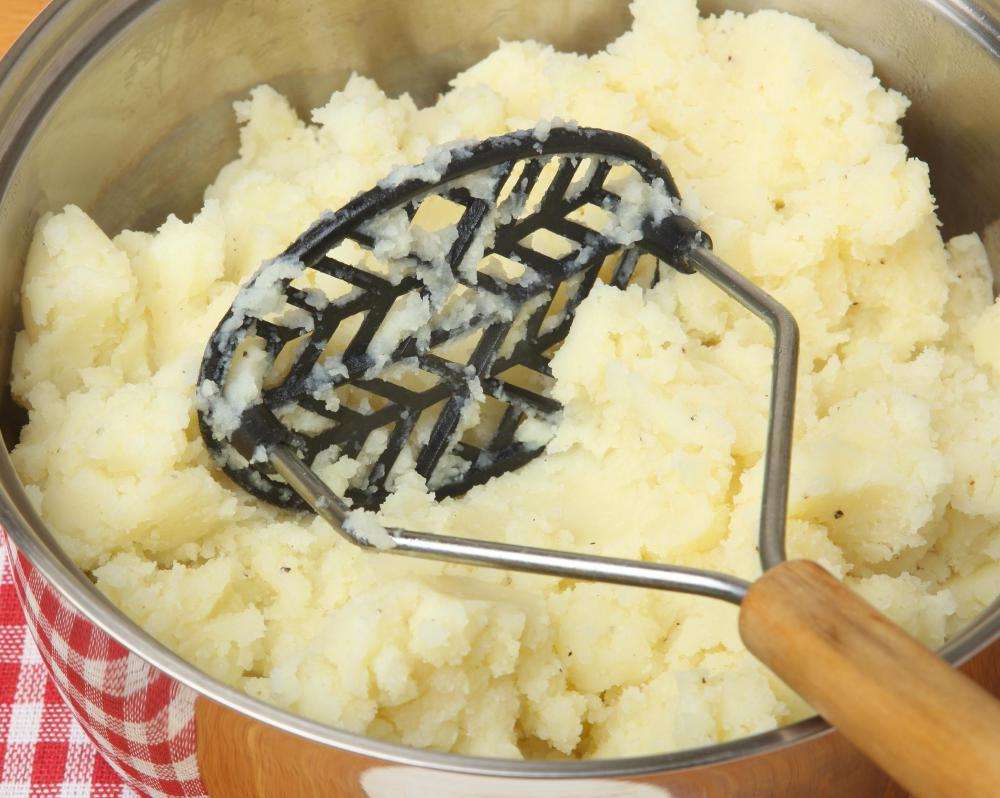 Smashed potatoes are a variant of mashed potatoes.