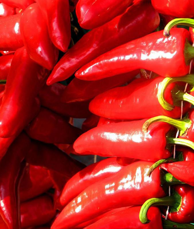 Hot peppers may be used as a substitute for onions.