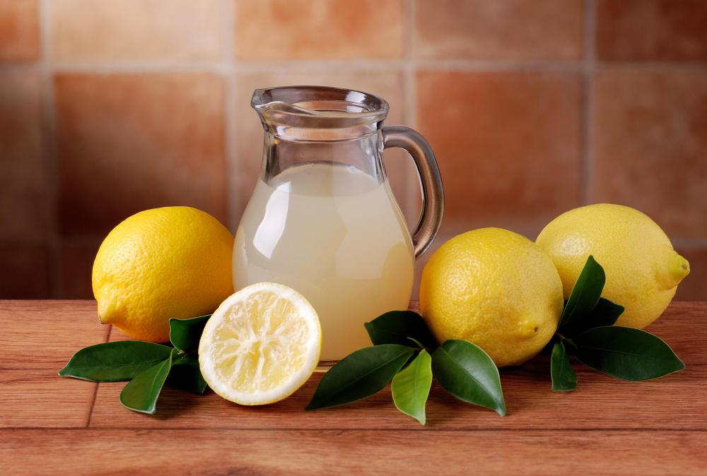 Lemonade may be used in lieu of orange juice when making fuzzy navels.