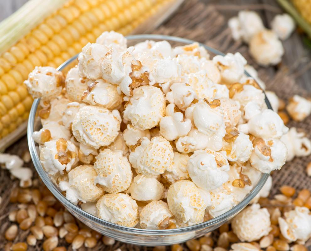 Breathing in the fumes when opening a bag of microwaved popcorn can expose lungs to diacetyl.