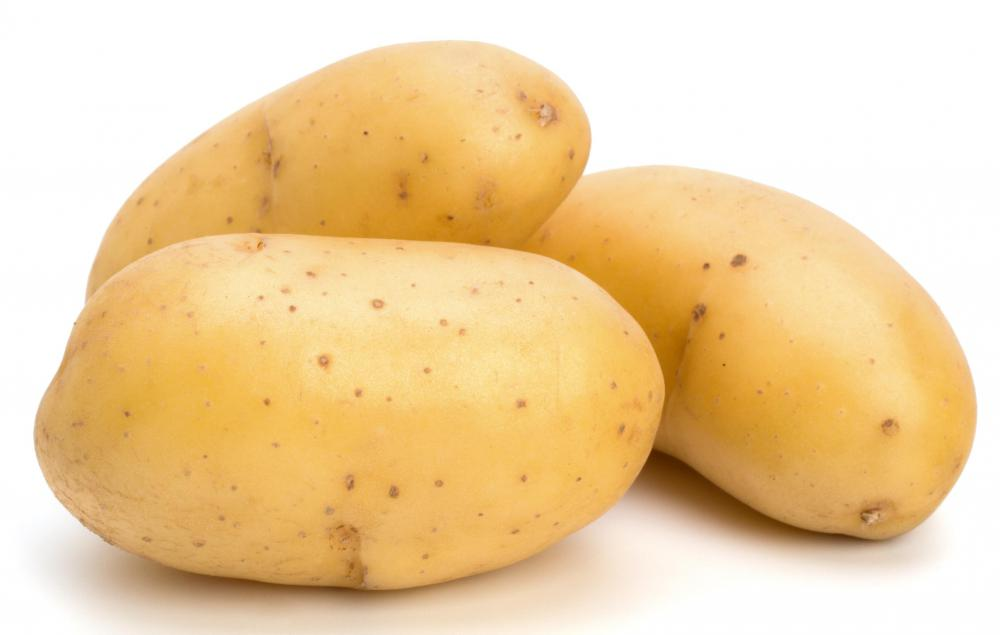 Both white and yellow potatoes are popular.