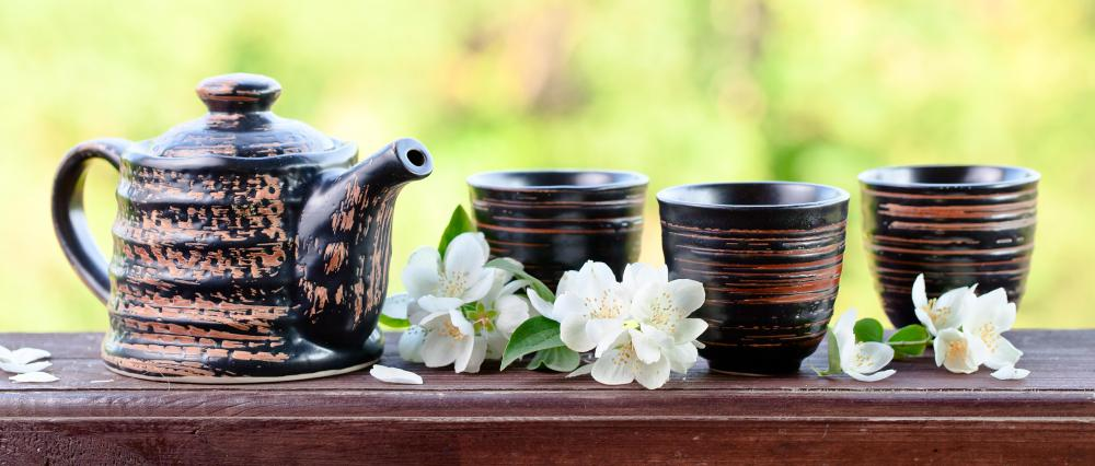 Jasmine tea, an extremely popular drink in China and Japan, is typically made using star or Arabian jasmine.