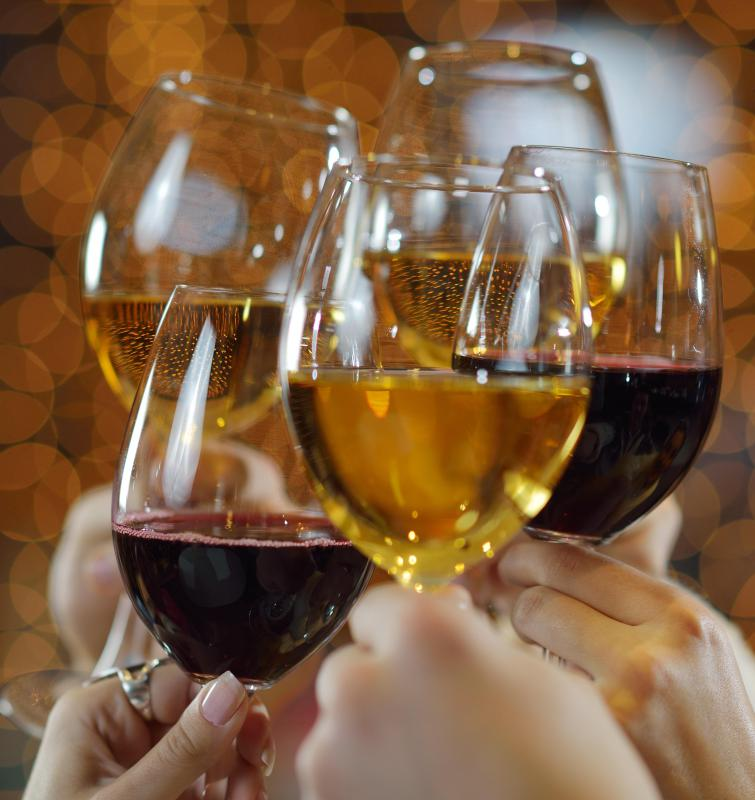 Generally only true wine connoisseurs understand the necessity for varying wine glasses for different types of wine.