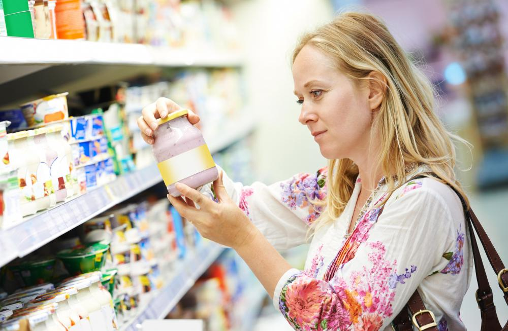 Carefully reading food labels can help to identify high protein items in the grocery store.