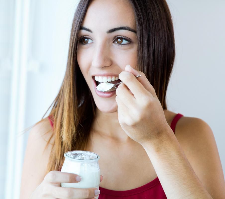 Creme Fraiche typically contains some of the active cultures found in yogurt.